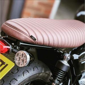 Motone(モートーン) The Viper Skinny Ribbed・シート・ストリートツイン/カップ/スクランブラー・ボンネビルT100/T120・水冷・ブラウン motoparts