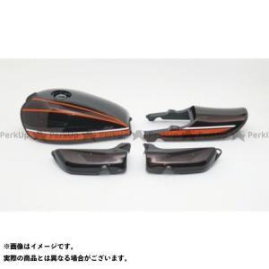 Z1・900 SUPER4 Z1・900スーパー4 タンク:鉄製/テール、サイドカバー:ABS製 タ...