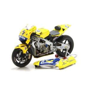 ミニチャンプス(MINICHAMPS)ホンダ RC211V CAMEL PRAMAC HONDA PONS No.6 玉田誠 1/12スケールミニチュアバイク motormagazine