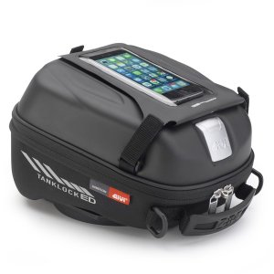 簡単脱着でき、磁石を使わないタンクバッグ。 タンクバッグと車種別のアタッチメントを組み合わせることで...
