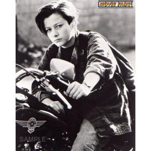 ブロマイド写真(外国製)エドワード・ファーロング/『ターミネーター2』/バイクに乗るジョン・コナーの...