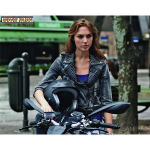 ブロマイド写真(外国製)『ワイルド・スピード MEGA MAX』/バイクに乗るジゼル/ガル・ガドット