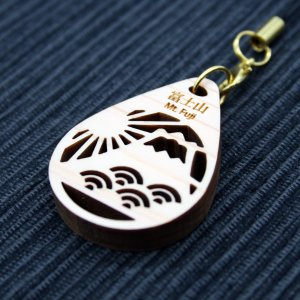 ストラップ(富士山と海)/ 富士山麓ひのき製(檜製・木製)|mtfujiwood