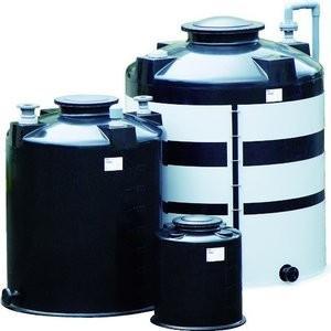 ■特長 ●大容量・高比重に最適な補強枠付の密閉型タンクです。 ●ほとんどの無機薬品に対応可能です。外...