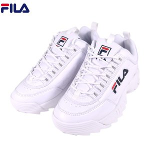 【FILA】フィラのスニーカー。 ホワイトのボディに配したロゴがアイキャッチ。 シンプルながらもコー...