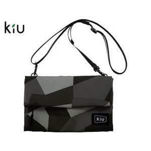 kiu/キウ  K80-103 防水 ストレージ サコッシュ 【W22cm×H15.5cm】 (モノ...