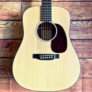 《在庫有》《正規輸入品・新品》 Martin (マーチン) Dreadnought Junior A アコースティックギター Pickup無しタイプ|music-exp