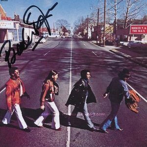 ブッカーT Booker T. & The M.G.'s - McLemore Avenue: Exclusive Autographed Edition (CD)|musique69