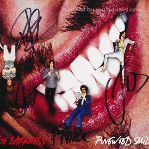 ダークネス The Darkness - Pinewood Smile: Exclusive Autographed Deluxe Edition (CD)|musique69