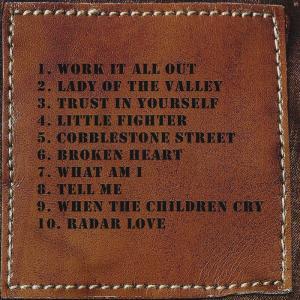 ホワイトライオン White Lion (Mike Tramp) - This & That (But a Whole Lot More) Box Set: Exclusive Autographed Edition (CD/DVD) musique69 06