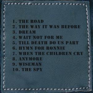 ホワイトライオン White Lion (Mike Tramp) - This & That (But a Whole Lot More) Box Set: Exclusive Autographed Edition (CD/DVD) musique69 07