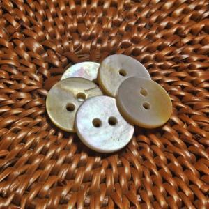 貝ボタン バリ島雑貨 丸型/2穴/φ13mm/t1.5mm 1個入|mutasan