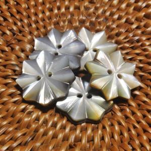 ★クリックポスト送料無料★ 貝ボタン バリ島雑貨 星型/2穴/φ17mm/t2mm 1個入 |mutasan
