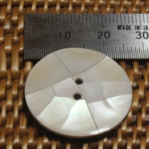 ★クリックポスト送料無料★ 貝ボタン バリ島雑貨 丸樹脂型ひび割れ模様/2穴/φ25mm/t3mm 1個入  |mutasan|02