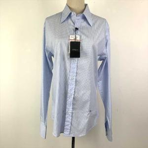 シンプルな薄い青のメンズストライプシャツ(写真撮影時は、諸事情により女性用のトルソーに着させています...