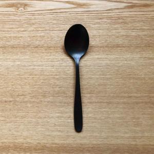 ラヴァストーン つや消しブラックのデザートスプーン 食洗機OK アンティーク風 ダメージ加工 男前 インダストリアル マットブラック 日本製 カトラリー 高桑金属|n-kitchen