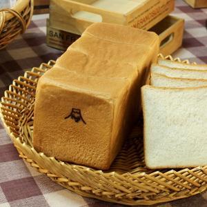 おいしい 富士山食パン 2斤 富士山天然水 戸田産天然塩 北海道産小麦 1日限定10本 お取り寄せ 常温発送|n-shopping