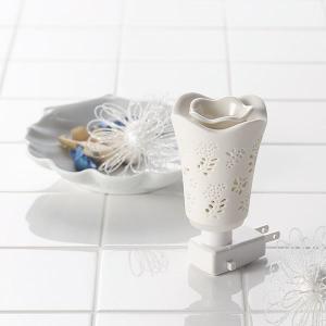 ギフト アロマルームランプアロマオイルセット チョウチョ 生花 結婚内祝い 出産内祝い 贈答品 贈り物 お返し|nacole