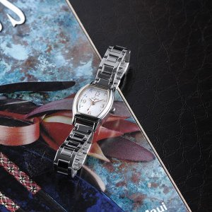 レキシー レディースウォッチ(腕時計(レディース))(内祝い おしゃれ ギフト 贈答品)|nacole