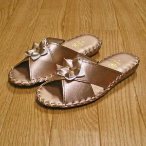 サイズ:Mサイズ(23〜23.5cm) カラー:ゴールド 組成:人工皮革 原産国:中国 別色:ラベン...