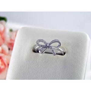 K18ホワイトゴールドダイヤモンドリング リボンモチーフ nakamura-jwo