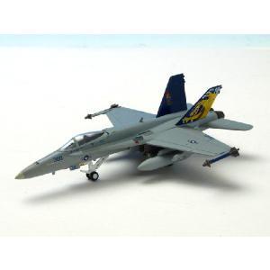 【1:200スケール】M-SERIES(Mシリーズ)  F/A-18C ホーネット アメリカ海軍 VFA-192 NF300 「CAG 2003」 7570 nammara-store