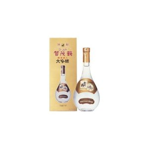 「賀茂鶴 大吟醸 ゴールドカモツル」は、花びらの金箔が入ったお酒です。 ギフトや特別な酒席で非常に慶...