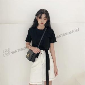 商品情報 スカートのサイズ: S M L 服のサイズ: F 色: 黒い服、 白色の服、 白色のミニス...