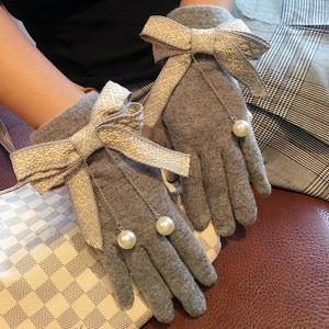 手袋 グローブ リボン ツイード 揺れる 大粒パール 防寒 可愛い 秋冬 裏起毛 レディース nary
