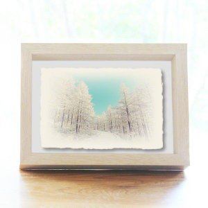 手漉き和紙の立体アートフレーム「青空と樹氷の雪道」(20x15cm)|natum