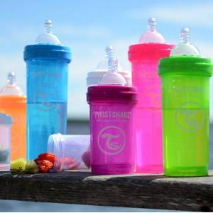 ツイストシェイク (TWIST SHAKE) カラフルな哺乳瓶 ツイストシェイク Mサイズ 260ml パウダーケース付き|natural-living