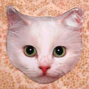 ネコ好きに大人気のおすすめの猫フェイスポーチ!ニャンコ好き必見!かわいさ抜群!|neigh