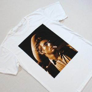 グラフィックTシャツ 「NOT AVAILABLE(顔見せできません)デザイン」 ん?ジェー●ズ・デ●ーン? 大人の事情Tシャツ|neigh|05