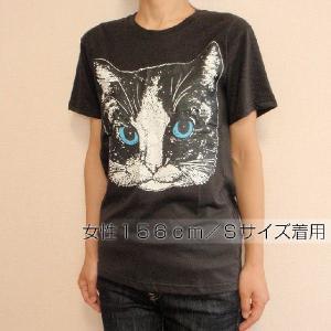 ニャンコTシャツ ネコがにっこりとほほえむかわいいデザインが女の子に人気!「白黒ニャンコ」 ナチュラルなデザインTシャツ|neigh|04