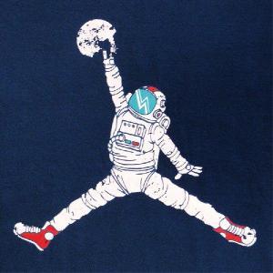 デザインTシャツ あのJORDANが飛びすぎちゃってAIRからSPACEへ!SPACE JORDAN|neigh