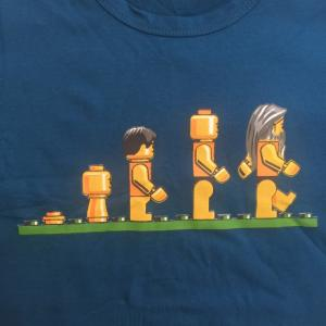 デザインTシャツ レゴの人間で表現したダーウィンの進化論Tシャツ!レゴ好きにはたまらないパロディーT!|neigh
