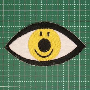 お子様の入学バッグに! 人気のスマイリーデザインのアイロンワッペン「スマイリーな瞳」 定型郵便送料無料|neigh