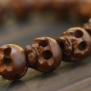 数珠 ブレスレット ドクロ彫り 柘植 腕輪念珠 スカル 髑髏 男性用|nenjyu