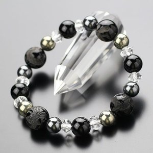 約12ミリオニキス・四神獣 約10ミリ 黒オニキス 約8ミリ ヘマタイト・パイライト 天然石ブレス|nenjyu