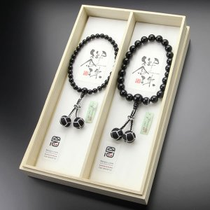 ペア数珠 数珠 男性用 22玉 オニキス 2色梵天房 女性用 約8ミリ オニキス 2色梵天房 数珠袋付き|nenjyu