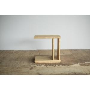 栗材のサイドテーブル 府中家具