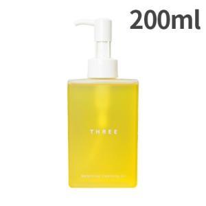 優れた洗浄力と美肌ケアの両立を追及した精油ブレンド配合で天然由来率88%のクレンジング。 美容効果の...
