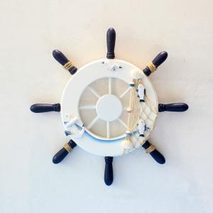 置物 船の舵 マリン風 木製 (大 (全体直径約32.5×厚さ3cm))|neustadt