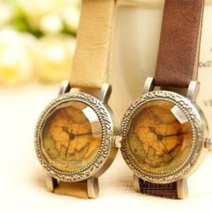 腕時計 琥珀色ガラス アンティーク地図 (ブラウン)