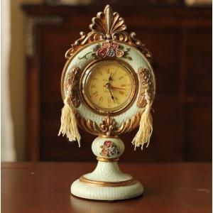 置時計 ヨーロピアン風 バラ 琥珀色の文字盤 フリンジ付き