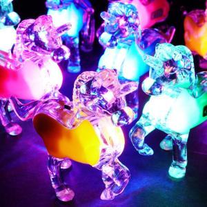 光る ユニコーン キーホルダー ( 25入 ) 光るおもちゃ 景品 子ども会 子供会 縁日 不良返品不可|nichokichi