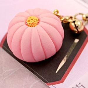 ミニチュア和菓子シリーズ 和菓子根付けストラップ2 菊 AR0501075|nico-marche