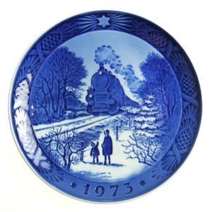 ロイヤルコペンハーゲン 1973年 イヤープレート クリスマスの帰省|nihonnotsurugi