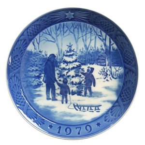 ロイヤルコペンハーゲン イヤープレート 1979年 -クリスマスツリーを選ぶ-|nihonnotsurugi