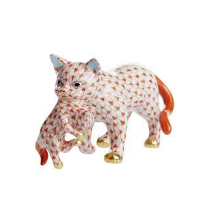 ヘレンド 人形 VH 子猫をくわえた猫 05551|nihonnotsurugi